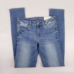 NWT American Eagle skinny stretch low rise jeans